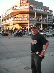 Nighttime_in_Sturgis_0351.jpg